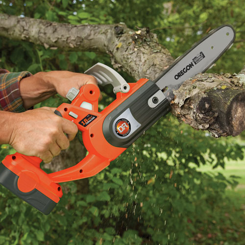 Electric cordless chainsaw